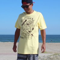 "FUCKIN' MELLOW CLOTHING / ""Aloha Gorilla"" designed by izumonster Tシャツ BANANA"